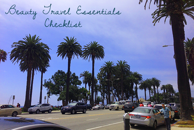 travel essentials checklist slider